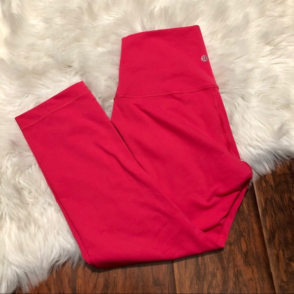 lululemon athletica Pants - LULULEMON Wunder Under Crop (High Rise)